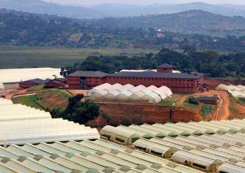premier-farm-buildings